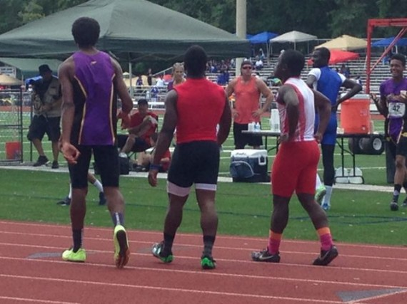 Trio of High School 100m sprinters