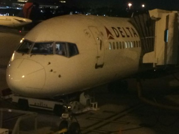 Delta jet at orlando International airport