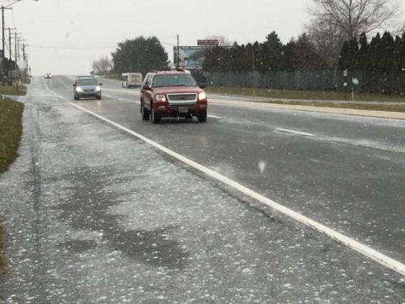 Snowy highway near Dorney Park