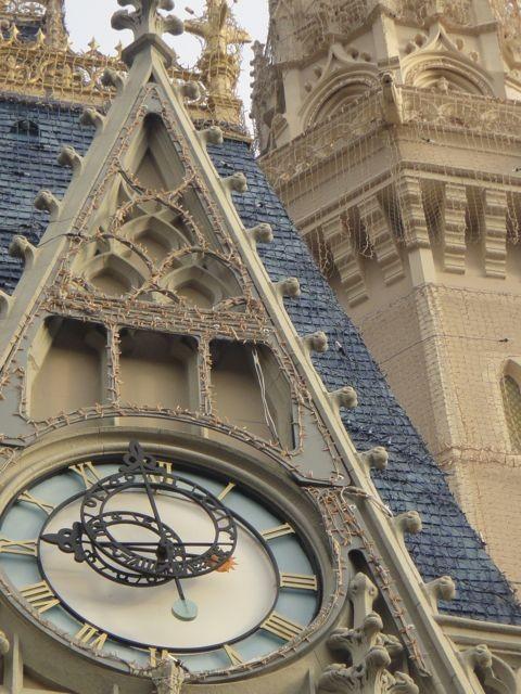 Cinderella Caste clock
