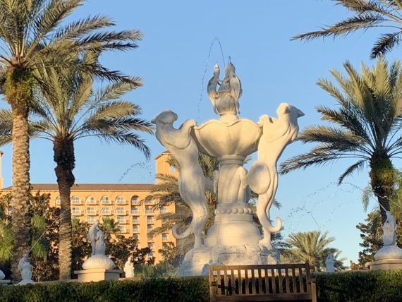 Ritz Carlton Orlando entrance water fountain