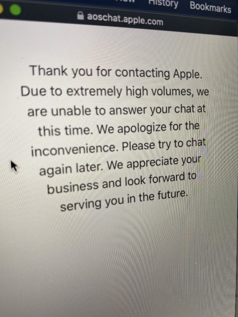 Apple Stores close