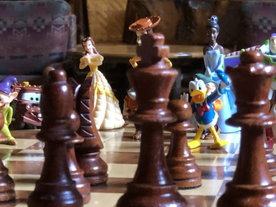 Lake McDonald Lodge chess set