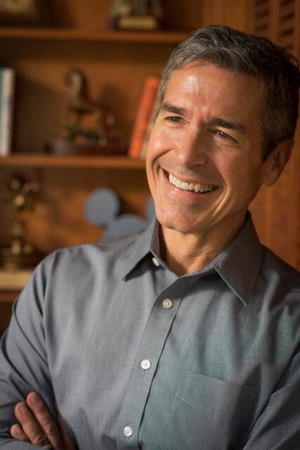 Disney Employee Engagement Keynote Speaker jeff noel